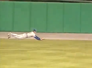 Yount dive in 9th
