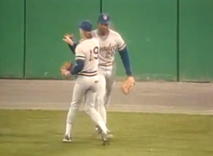 Yount high five